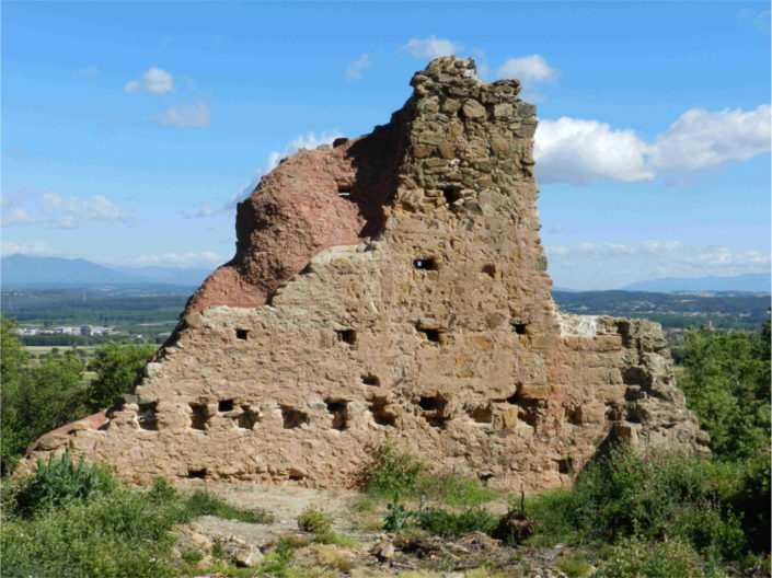 Ruta al Castell de Juià i a St. Joan Salerm